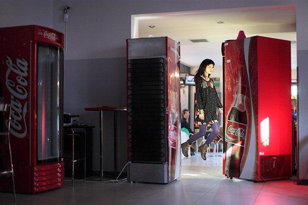 Tóquio e o mistério da levitação nas fotografias