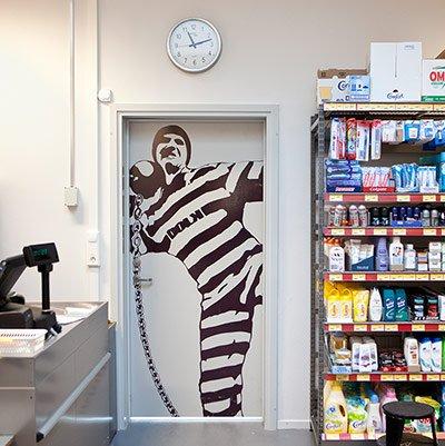 Que tal passar uma temporada na prisão mais humana do mundo? [galeria]