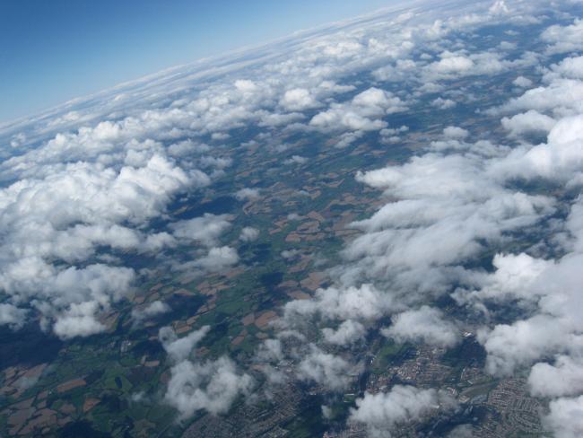 Estudante registra imagens da Terra a 34 mil metros de altura [galeria]