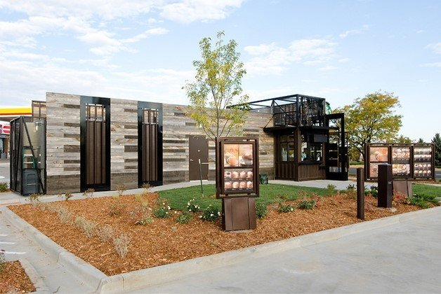 Starbucks inaugura loja drive-thru portátil [galeria]