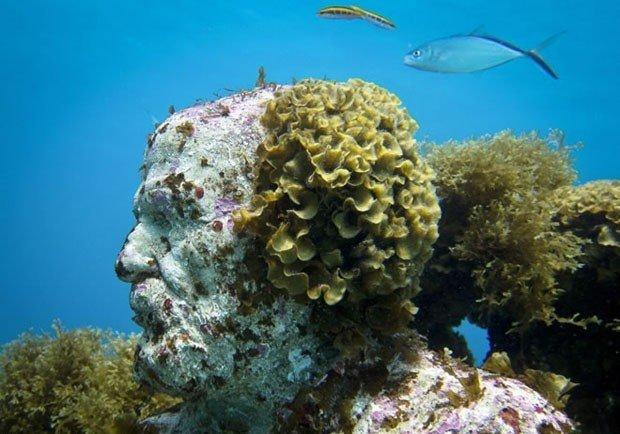 Arte subaquática: mar do Caribe abriga mais de 400 estátuas