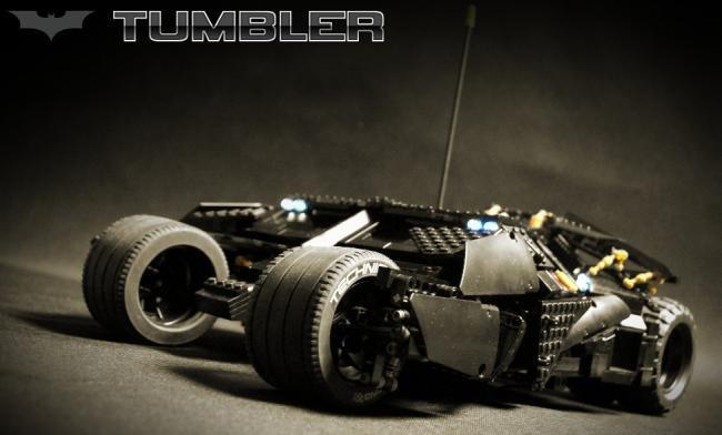 Confira uma incrível réplica do Batmóvel feita de LEGO [vídeo]