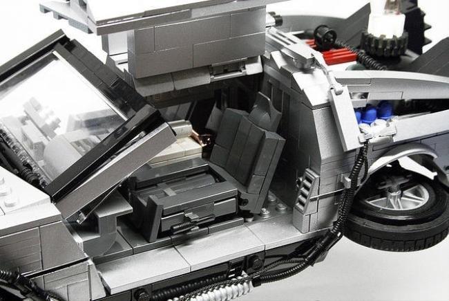 De volta para o futuro... Versão LEGO