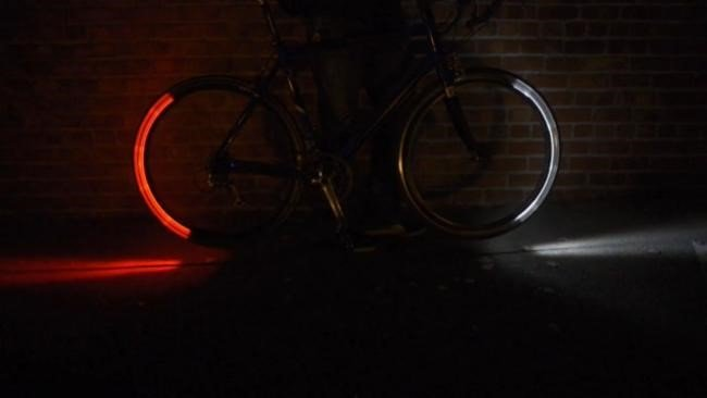 Torne a sua bike mais segura e estilosa com aros de LED [vídeo]