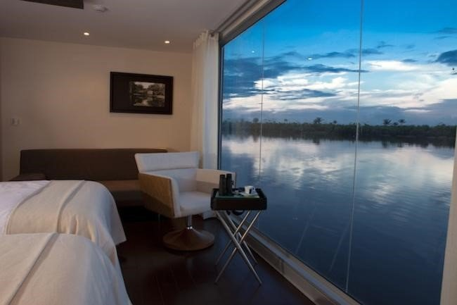 Hotel flutuante leva você a um luxuoso passeio pelo Amazonas