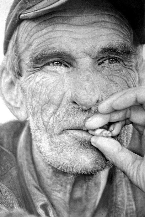 Hiper-realismo: Artista recria fotos usando apenas um lápis