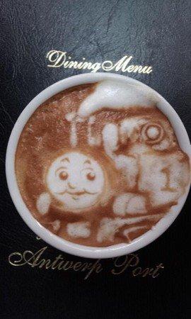 Barista habilidoso transforma cafezinhos em arte [galeria]