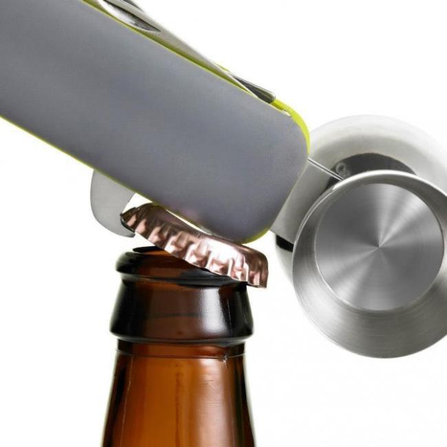 Conheça o canivete suíço da preparação de bons drinks
