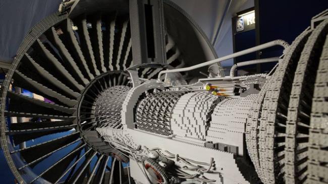 Conheça a peça mais complexa já construída com LEGO no mundo