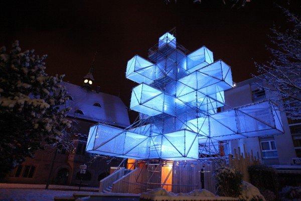 Árvore de Natal Hi-Tech oferece espetáculo de luz e cores [vídeo]